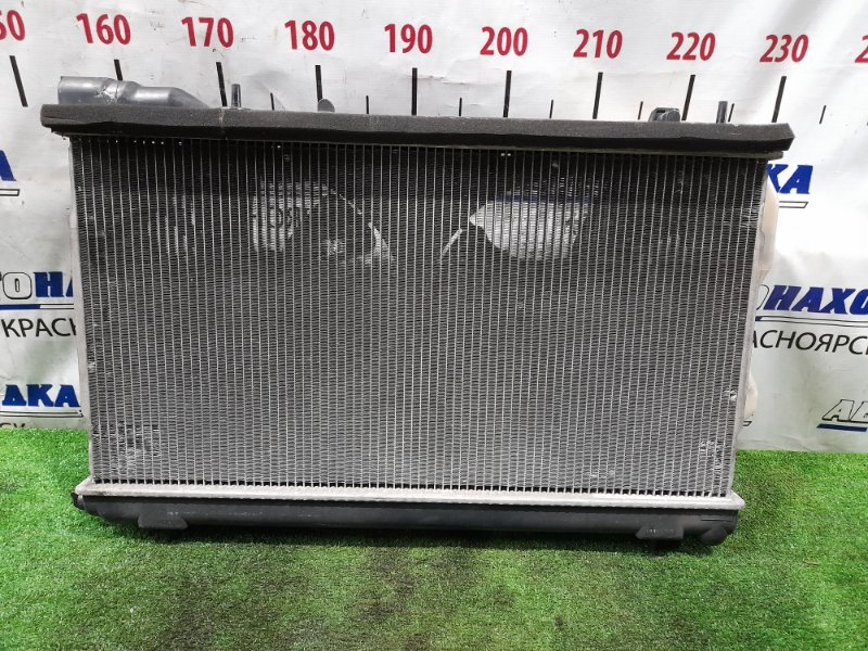 Радиатор двигателя Subaru Forester SG5 EJ20-T 2002 В сборе с диффузором, вентиляторами и