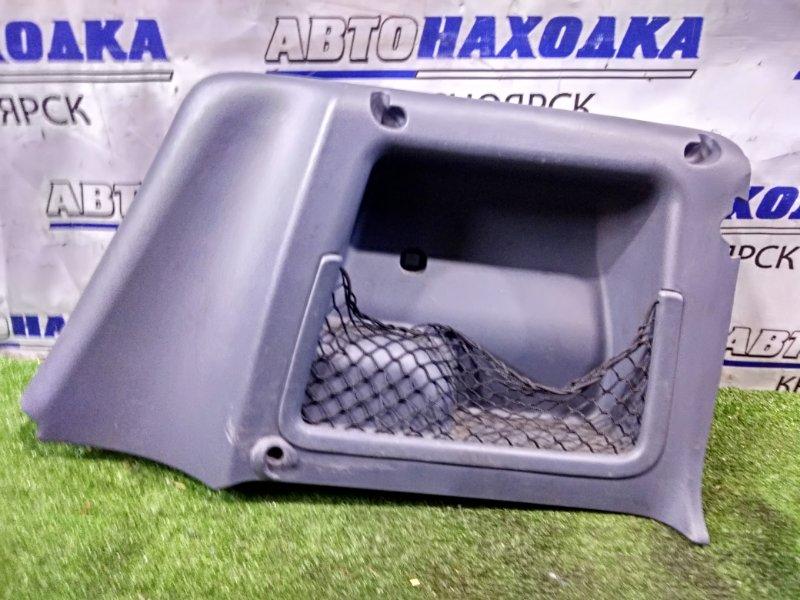 Обшивка багажника Smart Fortwo 450.352 160.910 2003 задняя правая правая, боковая