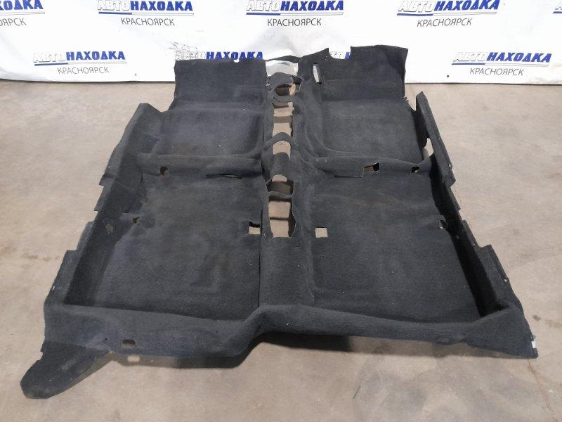 Обшивка пола Honda Integra DB6 ZC 1998 есть незначительные надрывы (см.фото)