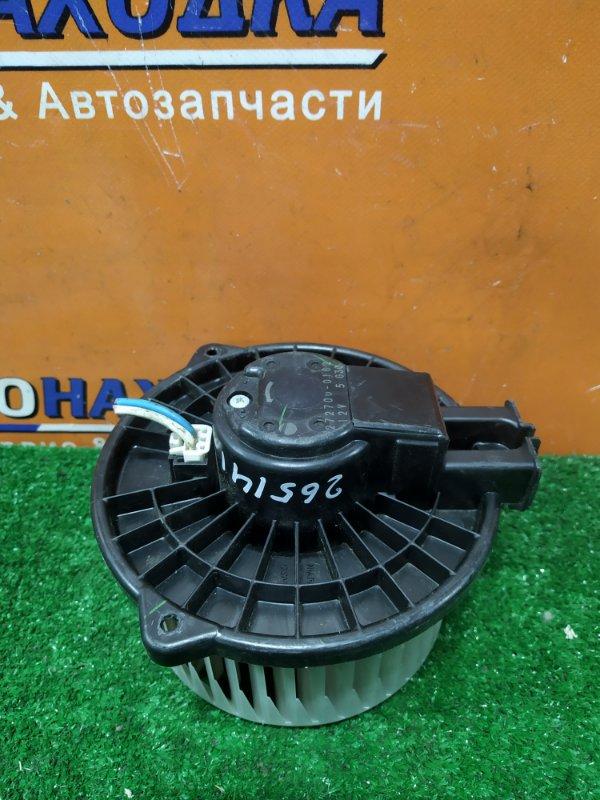 Мотор печки Toyota Isis ANM10 1AZ-FSE