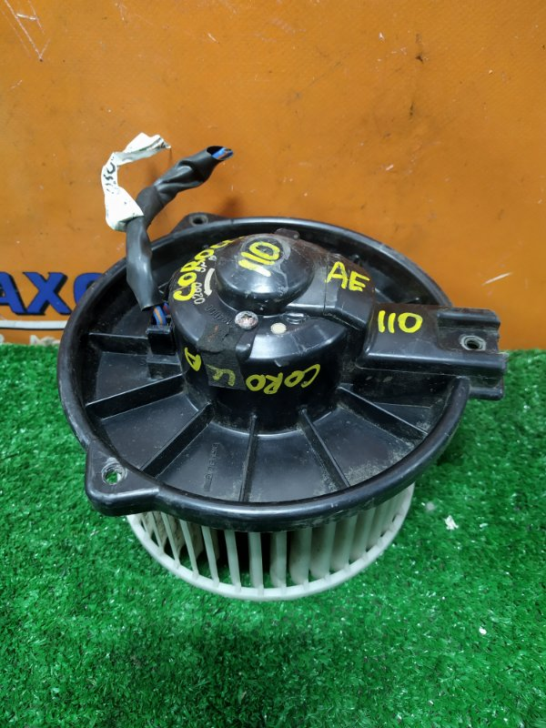 Мотор печки Toyota Corolla AE110 5A-FE