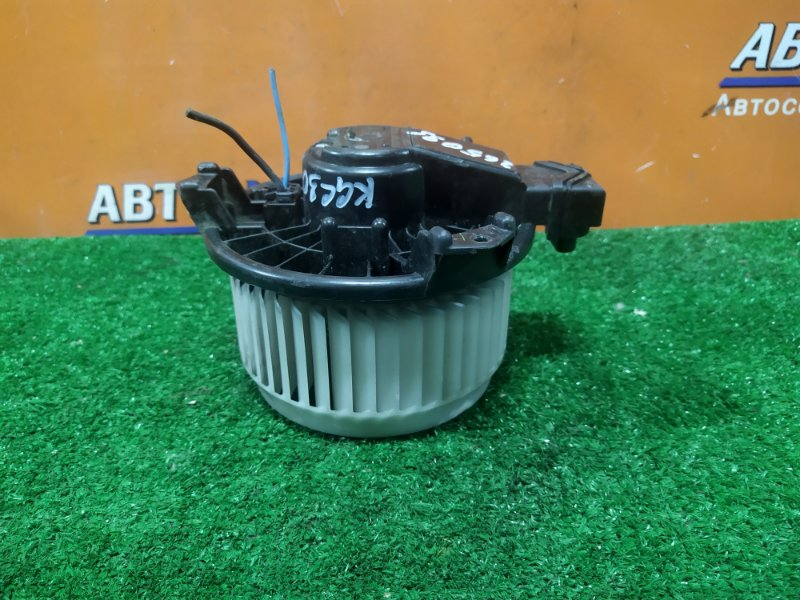 Мотор печки Toyota Passo KGC30 1KR-FE