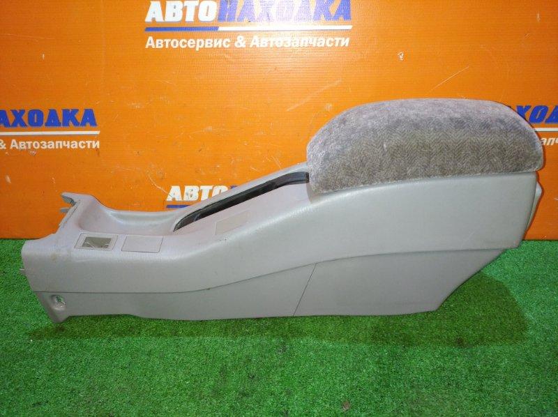 Консоль между сидений Toyota Sprinter AE110 5A-FE 1997 с подлокотником+ пепельница