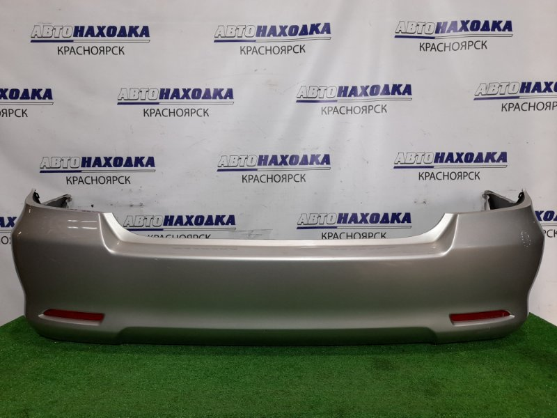 Бампер Toyota Allion ZZT240 1ZZ-FE 2001 задний Задний, цвет 1C0, катафоты (53-17601). Есть потертости,