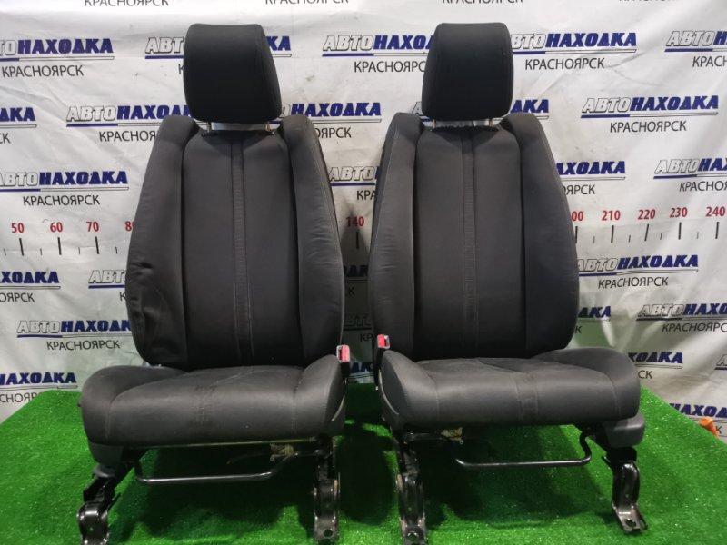 Сиденья Mazda Cx-7 ER3P L3-VDT 2006 передняя Передние, пара, ХТС. С механическими регулировками.
