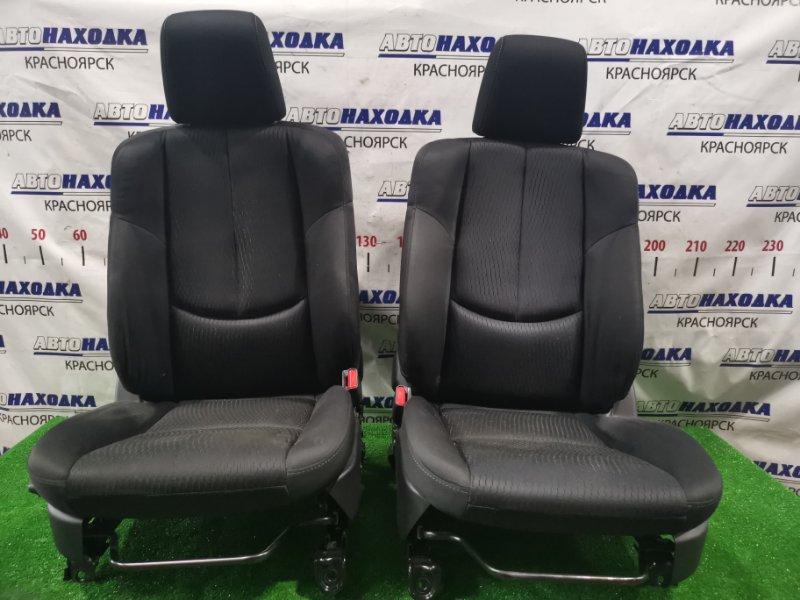 Сиденья Mazda Atenza GHEFW LF-VD 2010 передняя Передние, пара, ХТС. С механическими регулировками.