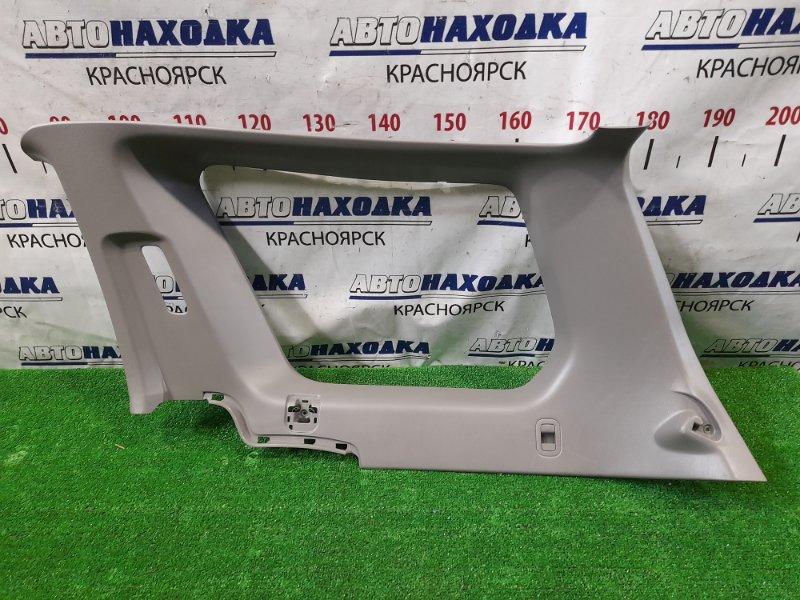 Обшивка багажника Subaru Forester SG5 EJ20-T 2002 задняя правая верхняя Правая верхняя (вокруг