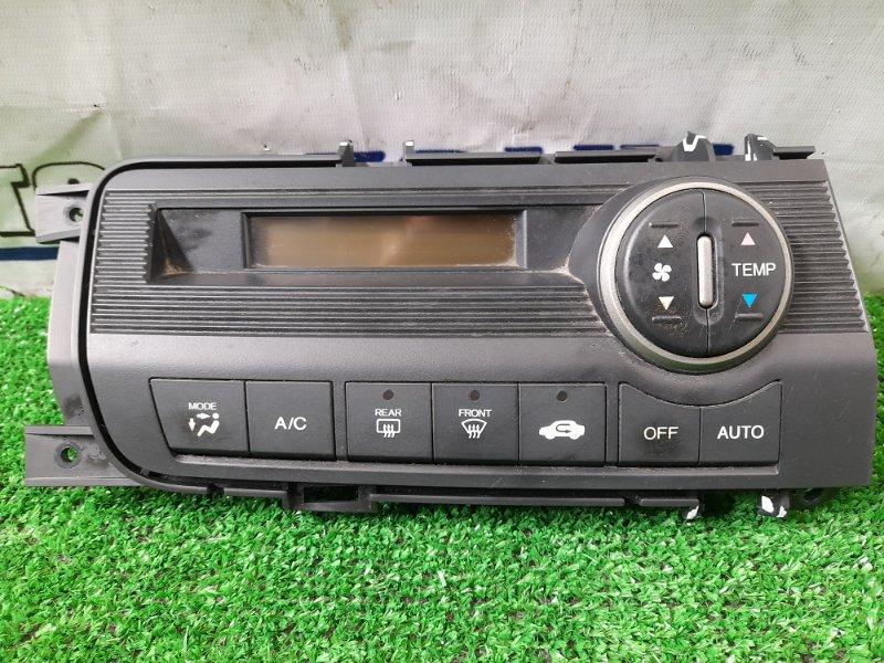 Климат-контроль Honda Freed GB3 L15A 2008 электронный, с фишкой, дефект крепежей на облицовке.