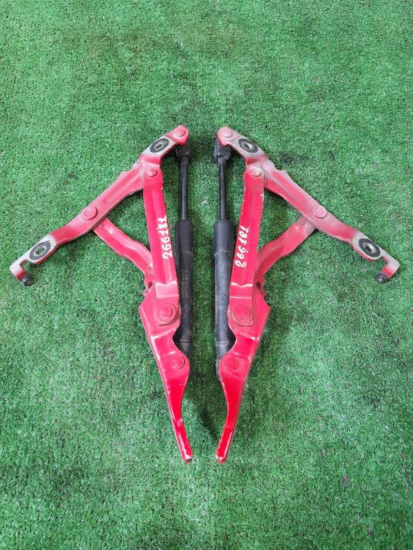 Кронштейн багажника Mazda Axela BK5P ZY-VE 2006 задний пара L+R в комплекте с амортизаторами,