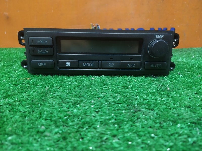 Климат-контроль Nissan Liberty RM12 QR20DE 06.2003