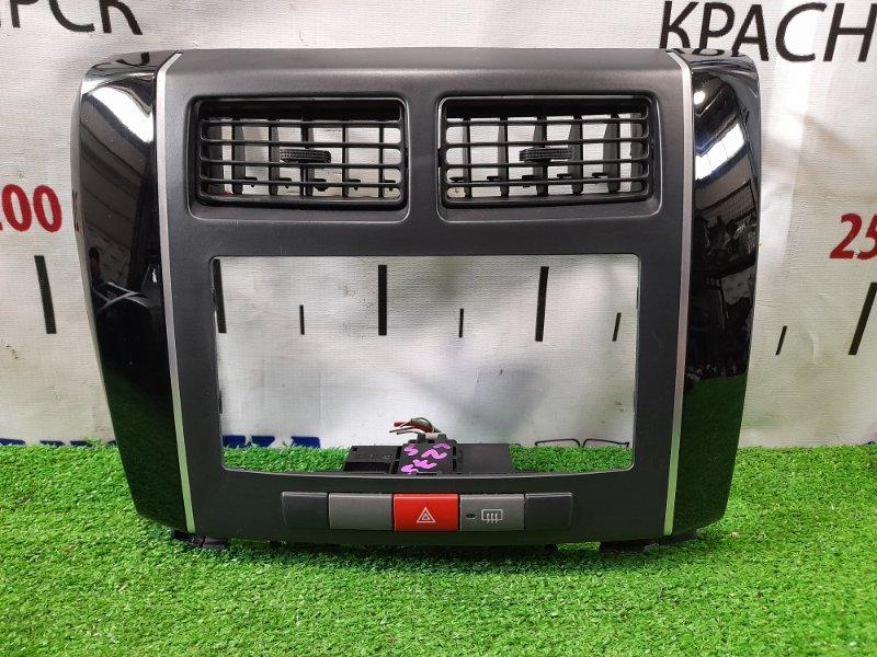 Консоль магнитофона Daihatsu Mira L275S KF-VE 2006 с кнопками и дефлекторами обдува.