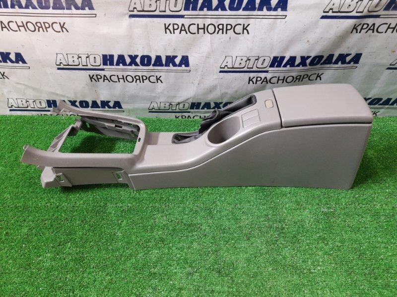 Подлокотник Subaru Forester SG5 EJ20-T 2002 консоль между передних сидений с бардачком,