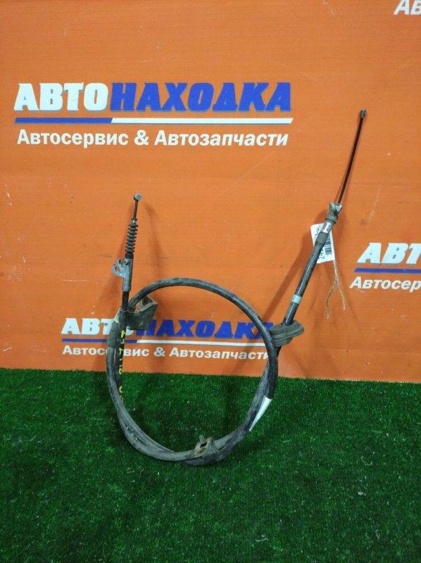 Трос ручника Nissan Presage U30 KA24DE 1998 правый барабан