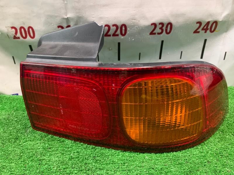 Фонарь задний Honda Integra DB6 ZC 1998 задний правый 220-22235 R седан. С незначительным дефектом *