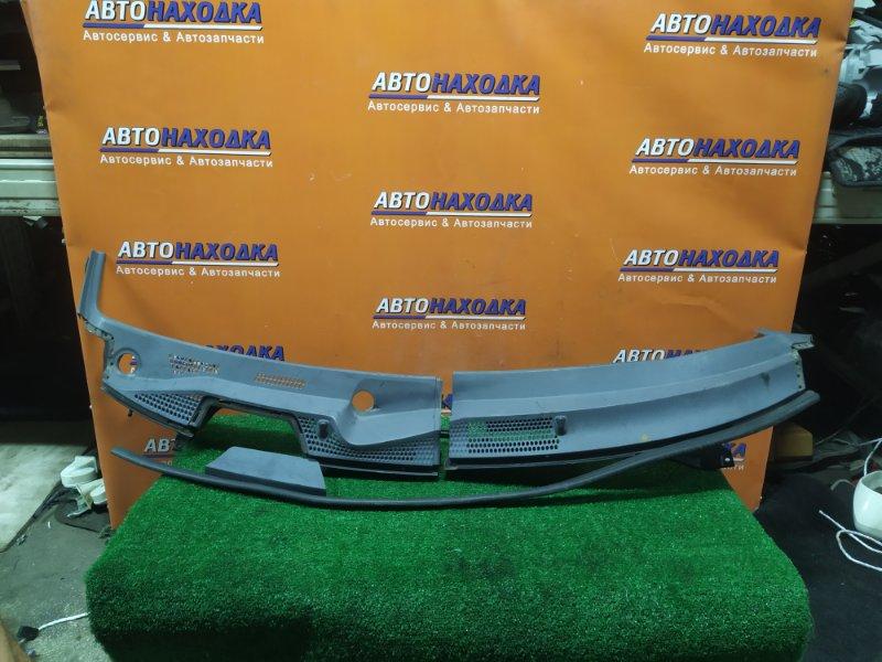 Решетка под лобовое стекло Honda Fit GD1 L13A 2MOD