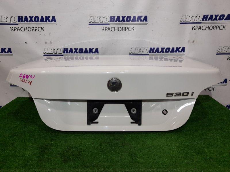 Крышка багажника Bmw 530I E60 N52B30 2003 задняя 41627122441 Цвет белый, в сборе, в ХТС. Без эмблемы