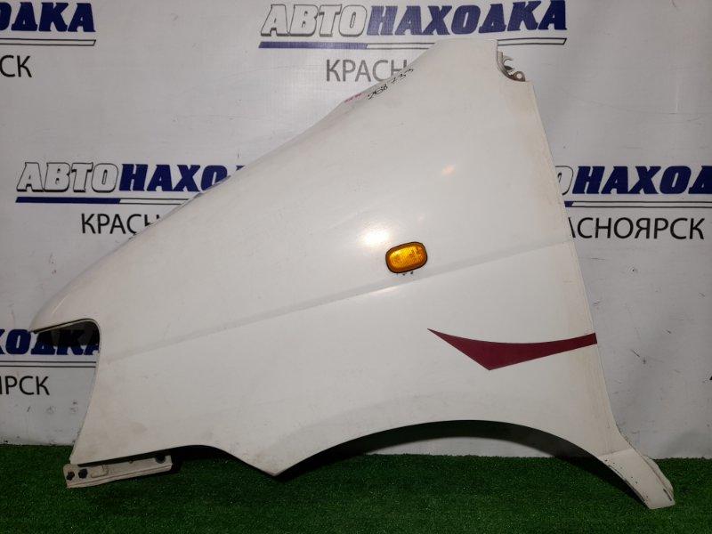 Крыло Toyota Lite Ace KR41V 5K 1996 переднее левое FL цвет 058, почти в ХТС. С поворотником.