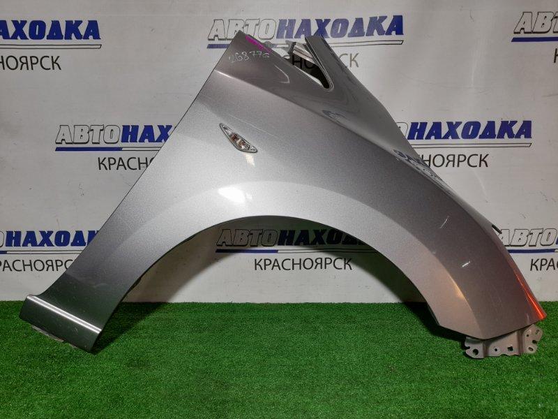 Крыло Mazda Premacy CWEFW LF-VDS 2010 переднее правое FR с поворотником и накладкой в торец. Есть