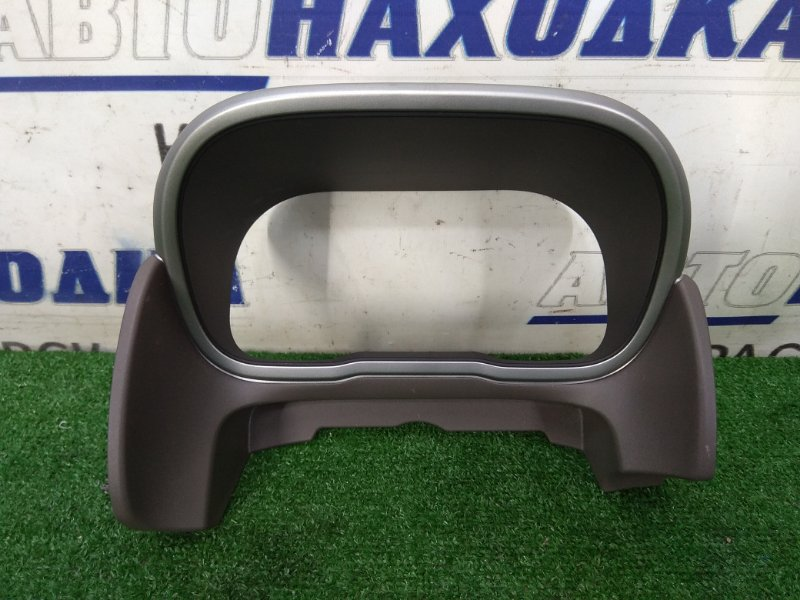 Козырек панели приборов Nissan Note E11 HR15DE 2008 Облицовочная панель комбинации приборов,