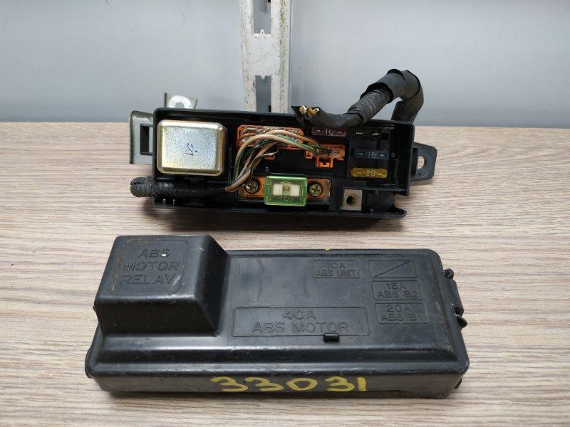 Блок предохранителей Honda Ascot CE4 G20A подкапотный малый