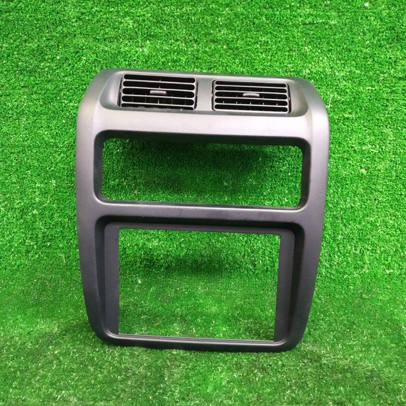 Консоль магнитофона Toyota Lite Ace KR42V 7K 1996 с дефлекторами обдува под 2DIN магнитолу и