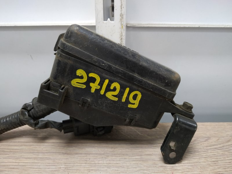 Блок предохранителей Toyota Corona ST191 3S-FE 1992 82602-20500 блок реле