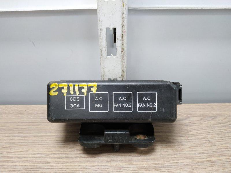 Блок предохранителей Toyota Sprinter Carib AE111 4A-FE блок реле