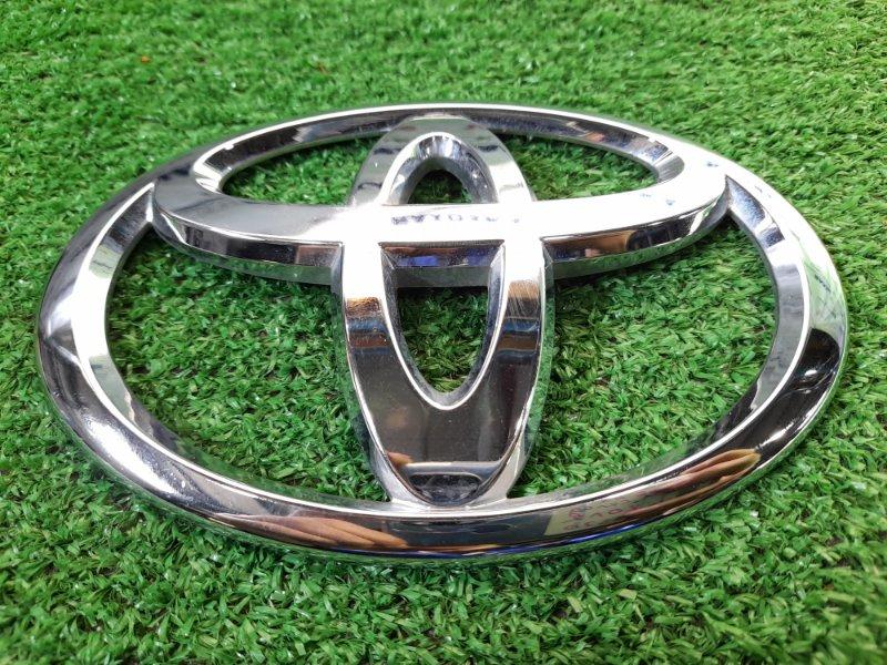 Эмблема Toyota Auris ZRE152H 2ZR-FE 2006 с пятой двери