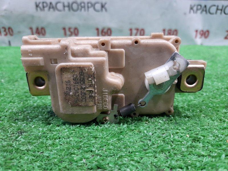 Сервопривод Nissan Cube AZ10 CGA3 1998 задний 905502U500 Сервопривод 5-й двери, фишка 2 контакта,