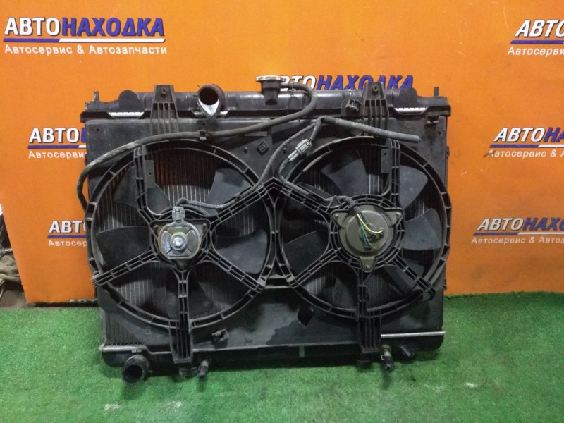 Радиатор двигателя Nissan Liberty RM12 QR20DE 06.2003 CVT, В СБОРЕ