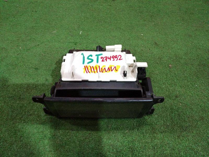 Карман под магнитофон Toyota Ist NCP60 1NZ-FE