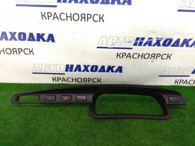Козырек панели приборов Toyota Lite Ace KR42V 7K 1996 ХТС, 1 мод. С кнопками.