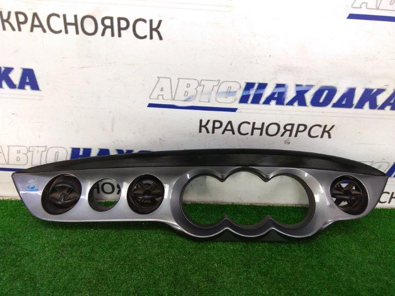 Козырек панели приборов Daihatsu Yrv M201G 2000 облицовка вокруг щитка приборов с