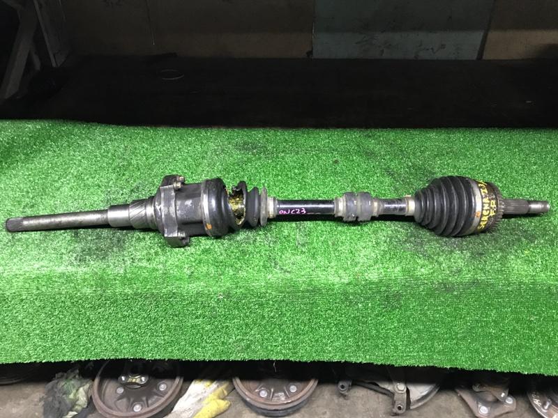 Привод Nissan Vanette Serena KVNC23 CD20ET передний правый 4WD abs, болтовой Порван внутренний пыльник