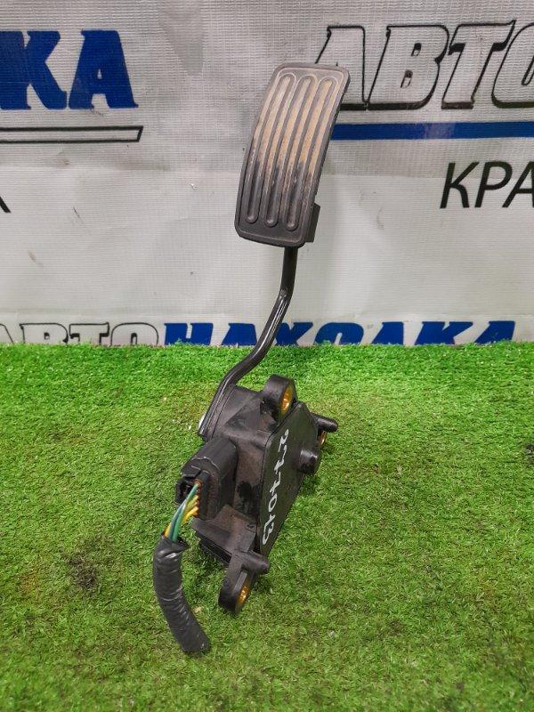 Педаль Nissan X-Trail T31 MR20DE 2007 газа, электронная, 6 контактов, с фишкой