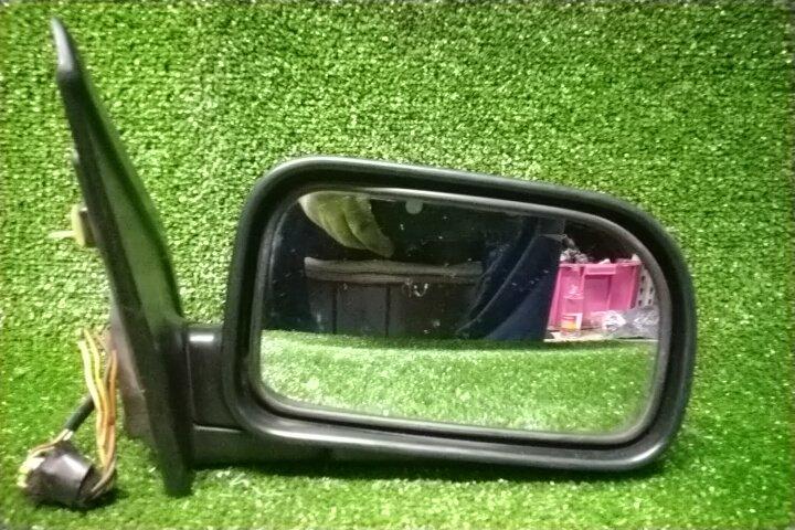 Зеркало Mitsubishi Chariot N43W 4G63 переднее правое 5 контактов