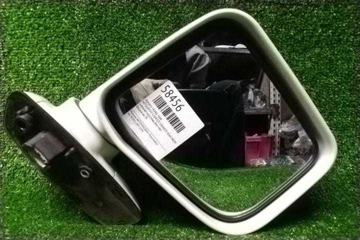 Зеркало Mitsubishi Chariot Grandis N84W 4G64 переднее правое 7 контактов