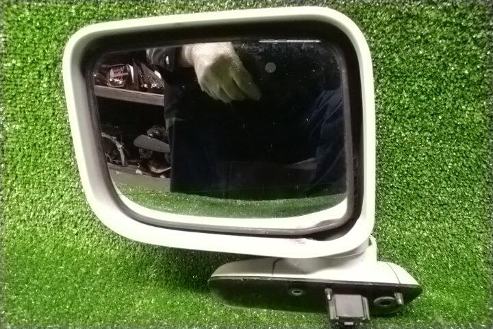 Зеркало Mitsubishi Chariot N94W 4G64 переднее левое 5 контактов