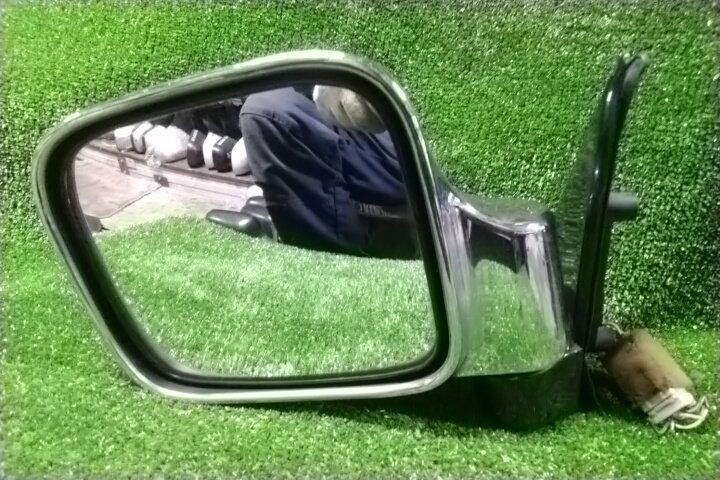 Зеркало Isuzu Bighorn UBS69 4JG2-T переднее левое 7 контактов