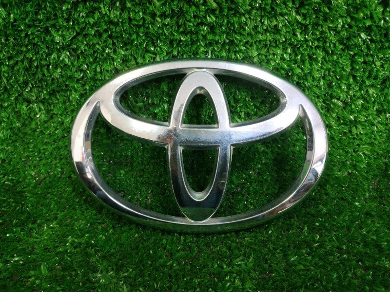 Эмблема Toyota Ist NCP61 1NZ-FE 2002 Шильдик с задней (5-ой) двери