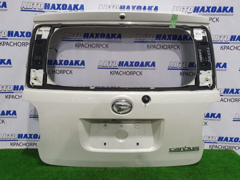 Дверь задняя Daihatsu Move Canbus LA800S KF-VE4 2016 задняя С камерой з/х, без стекла, обшивки, замка.
