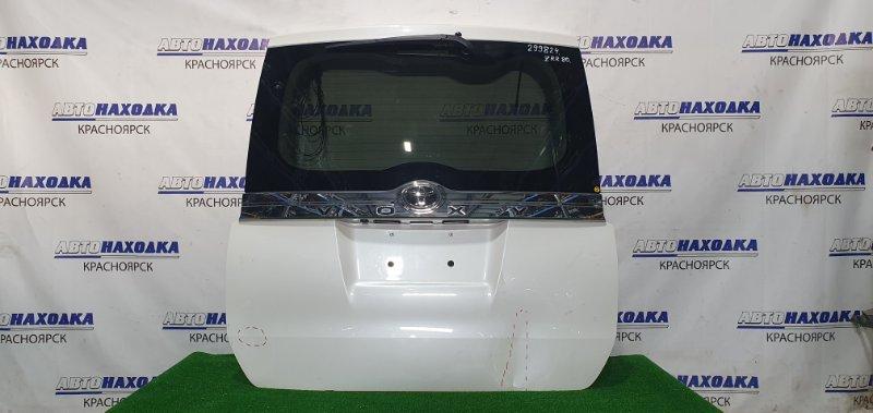 Дверь задняя Toyota Voxy ZRR80G 3ZR-FAE 2014 задняя В сборе, с камерой з/х, есть пара вмятин (см.