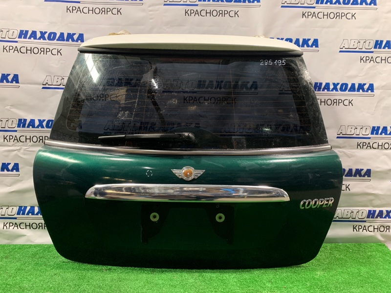 Дверь задняя Mini Cooper R56 N12B16A задняя в сборе, есть сколы, вмятинки, потертости (см. фото).