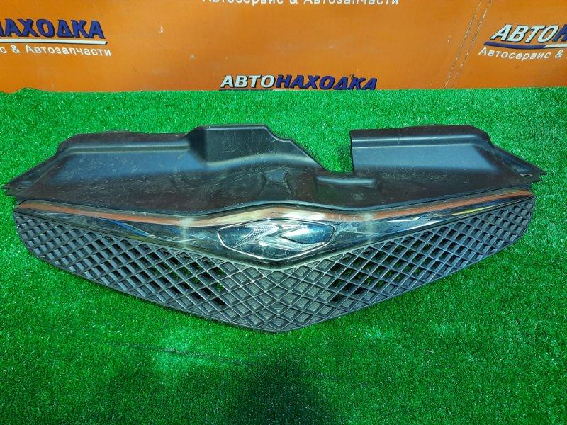 Решетка радиатора Toyota Ractis NCP100 1NZ-FE 53101-52190 / 52200 1MOD