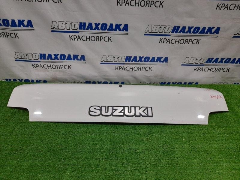 Капот Suzuki Carry DA63T K6A 2002 присутствуют вмятинки