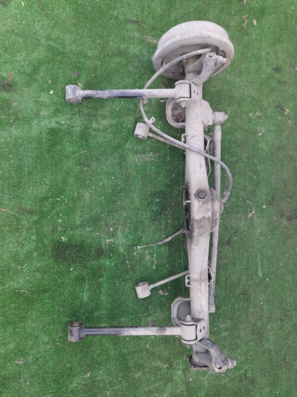 Мост Toyota Hilux VZN130 3VZ-E задний СТУП ЗАД 1990-1995 без редуктора