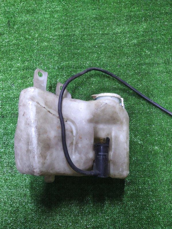 Бачок омывателя Mitsubishi Galant E53A 6A11 с моторчиком