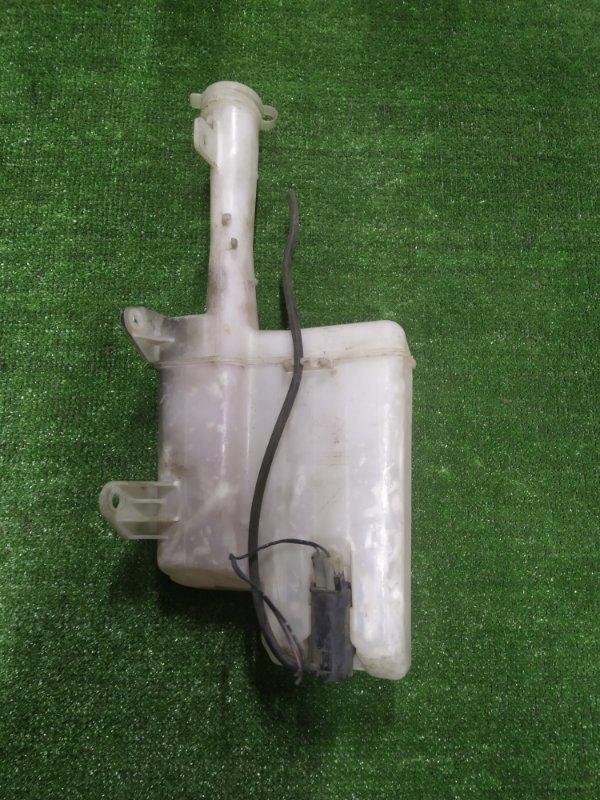 Бачок омывателя Mitsubishi Chariot N38W 4G63 с моторчиком