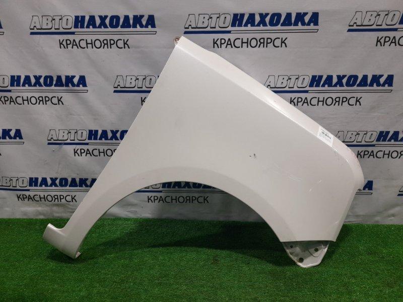 Крыло Daihatsu Move Conte L585S KF-VE 2008 переднее правое переднее правое, белый перламутр, сколы до
