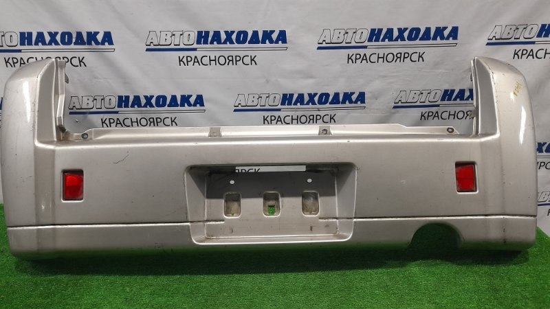 Бампер Mitsubishi Minica H42A 3G83 1998 задний 23315 Задний, с катафотами, пошоркан.